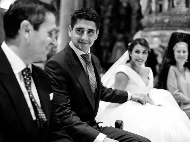 La boda de Carlos y Inma en Sevilla, Sevilla 11
