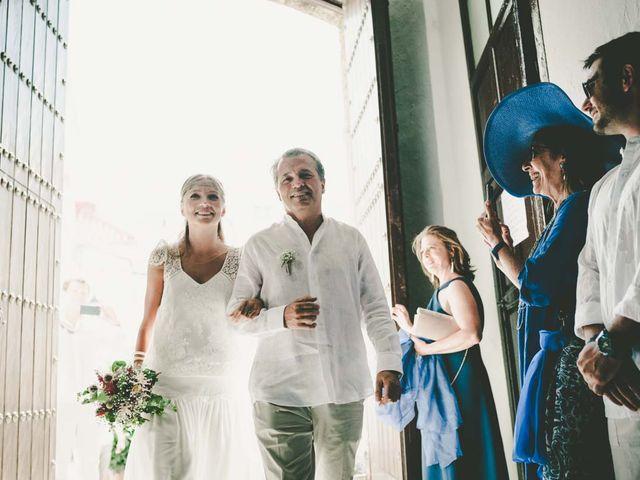 La boda de Tomy y Lucía en Bolonia, Cádiz 19