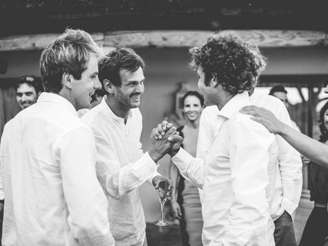 La boda de Tomy y Lucía en Bolonia, Cádiz 39