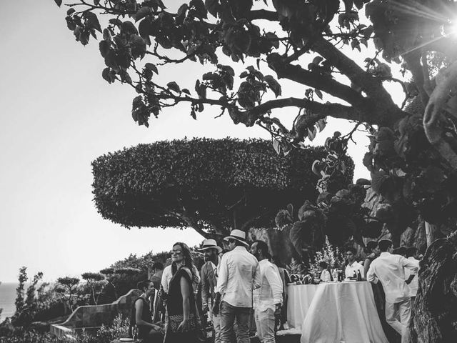 La boda de Tomy y Lucía en Bolonia, Cádiz 43