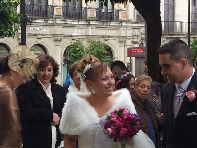 La boda de Victor Manuel y Inmaculada en Sevilla, Sevilla 22