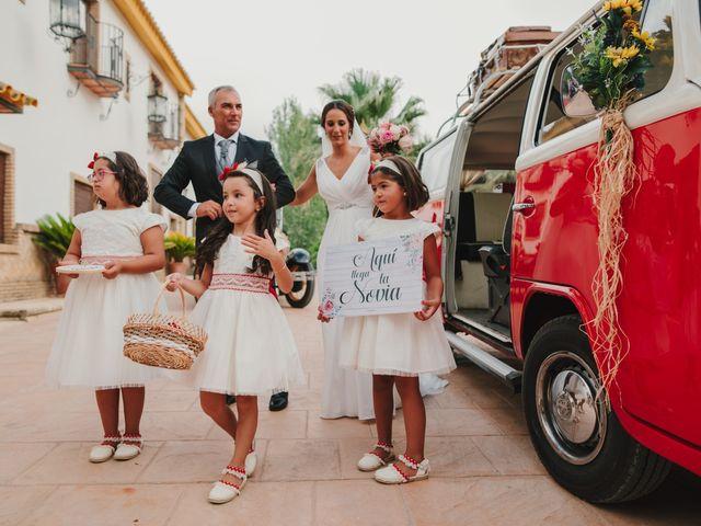 La boda de Alfonso y Silvia  en Puente Genil, Córdoba 13