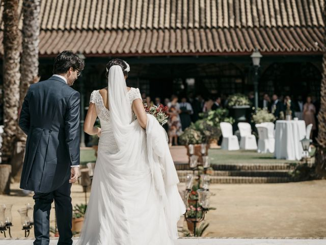 La boda de Andrés y Isabel en Sanlucar La Mayor, Sevilla 30