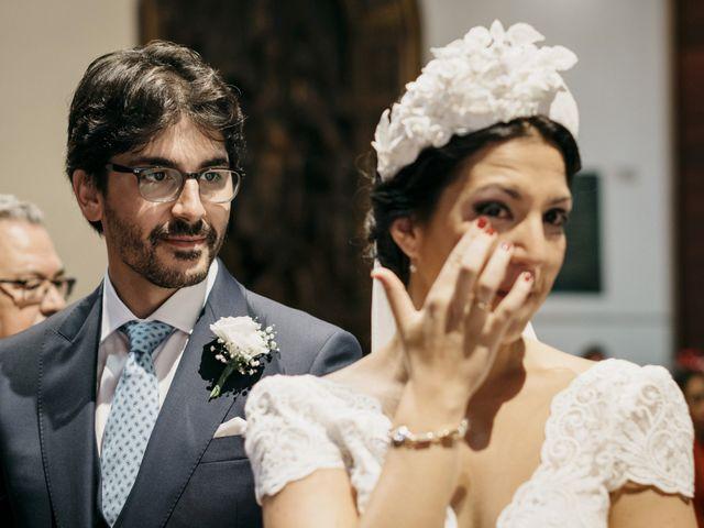 La boda de Andrés y Isabel en Sanlucar La Mayor, Sevilla 23