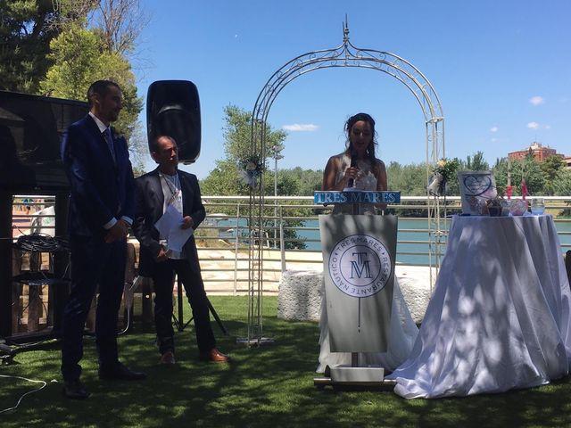 La boda de Emilio y Azahara en Zaragoza, Zaragoza 6
