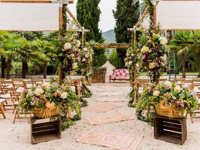 La boda de David y Julia en Enguera, Valencia 23