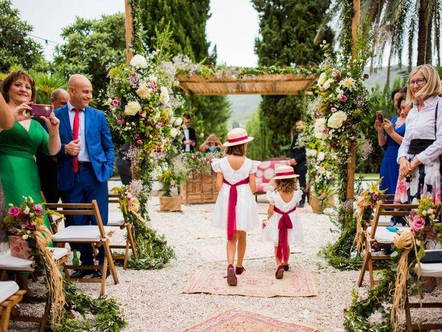 La boda de David y Julia en Enguera, Valencia 35