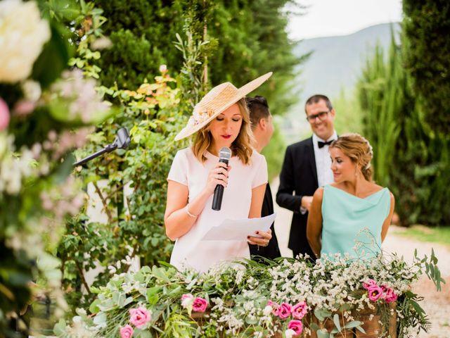 La boda de David y Julia en Enguera, Valencia 41