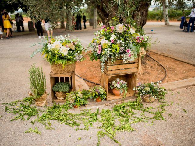 La boda de David y Julia en Enguera, Valencia 49