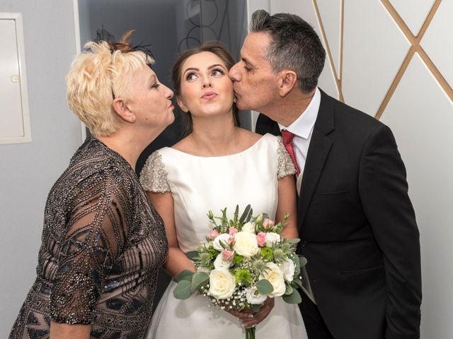 La boda de Iván y Raquel en Elx/elche, Alicante 17