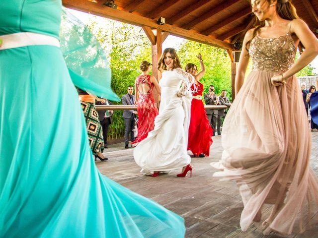La boda de Alberto y María en Torrejon De La Calzada, Madrid 35