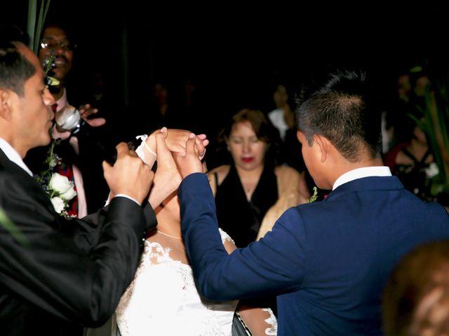 La boda de Jonathan y Magdhen en Puebla De Valles, Guadalajara 3
