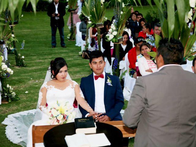 La boda de Jonathan y Magdhen en Puebla De Valles, Guadalajara 6