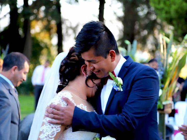La boda de Jonathan y Magdhen en Puebla De Valles, Guadalajara 8