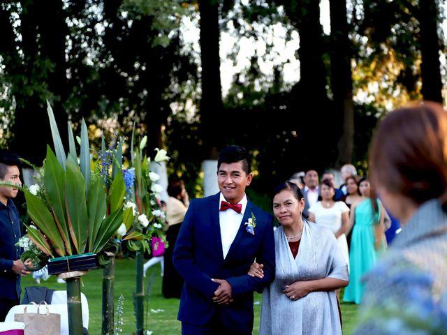 La boda de Jonathan y Magdhen en Puebla De Valles, Guadalajara 12
