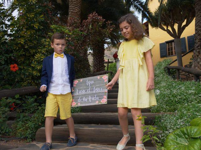 La boda de Efren y Abenchara en Galdar, Las Palmas 7