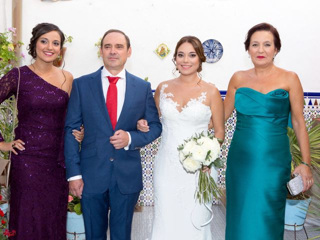 La boda de Juan  y Isa  en Villaviciosa De Cordoba, Córdoba 8