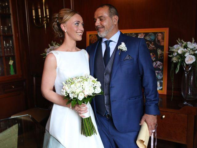La boda de Toni y Vane en Sant Fost De Campsentelles, Barcelona 27