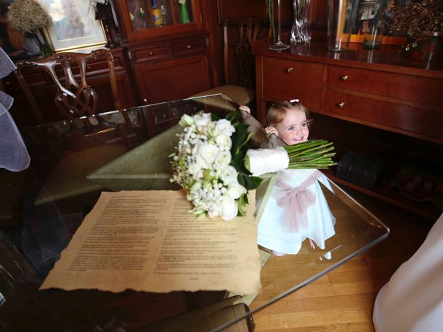 La boda de Toni y Vane en Sant Fost De Campsentelles, Barcelona 29