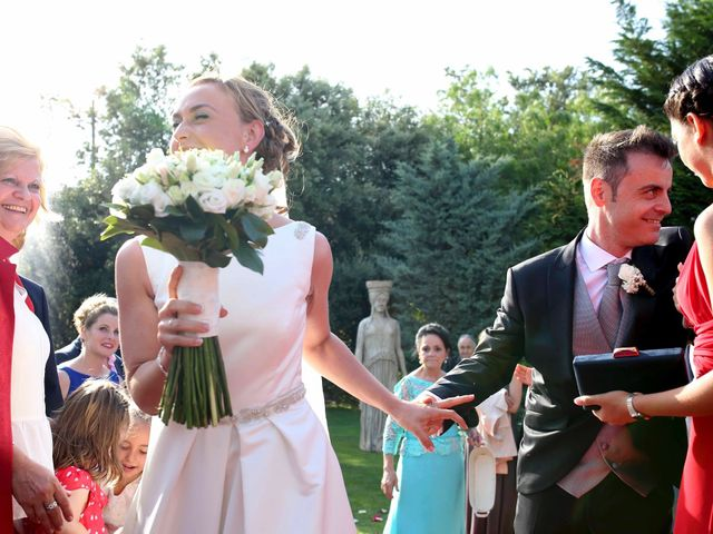 La boda de Toni y Vane en Sant Fost De Campsentelles, Barcelona 64