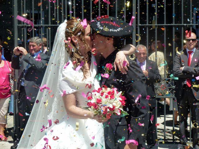 La boda de María Luisa y Roberto  en Vitoria-gasteiz, Álava 6