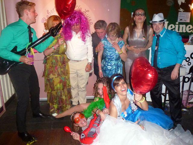 La boda de María Luisa y Roberto  en Vitoria-gasteiz, Álava 11