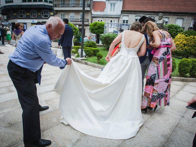 La boda de Rafa y Paula en Ponteareas, Pontevedra 21