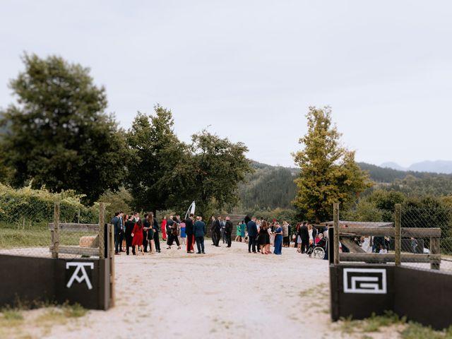 La boda de Manu y Sara en Larrabetzu, Vizcaya 50
