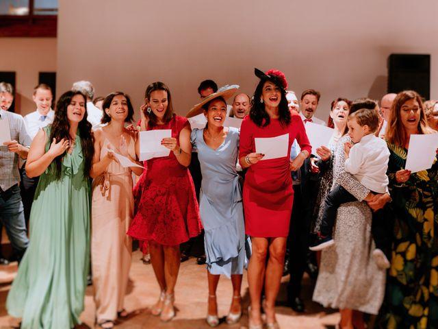 La boda de Manu y Sara en Larrabetzu, Vizcaya 132