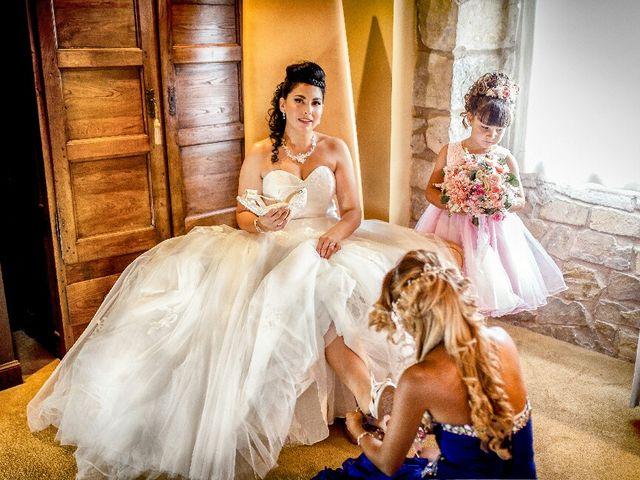 La boda de Borja y Esmeralda en Gorraiz, Navarra 14