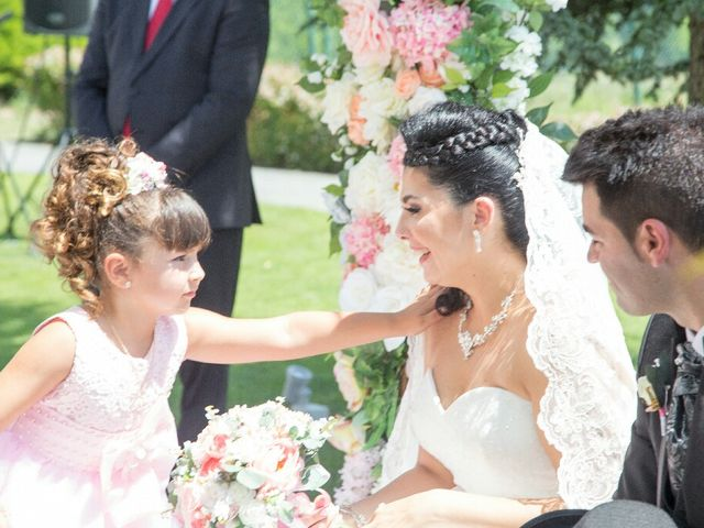 La boda de Borja y Esmeralda en Gorraiz, Navarra 71