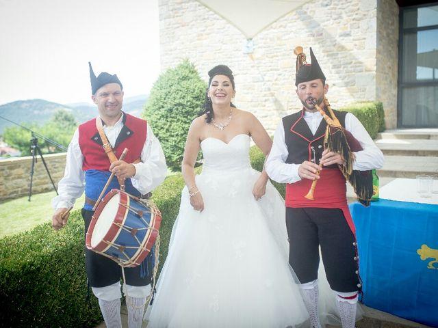 La boda de Borja y Esmeralda en Gorraiz, Navarra 90