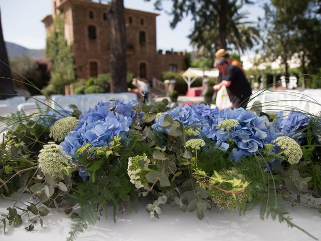 La boda de Jordi y Bego en Nules, Castellón 49