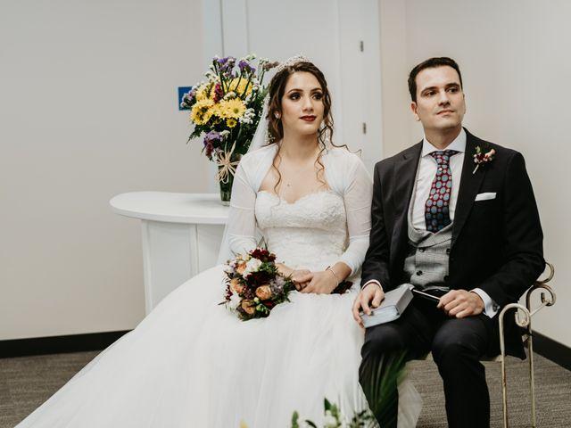 La boda de Laura y Jose Antonio en La Algaba, Sevilla 26