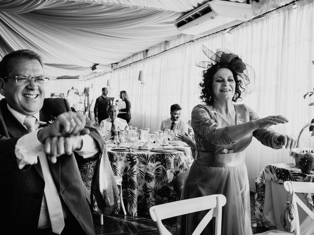 La boda de Laura y Jose Antonio en La Algaba, Sevilla 48