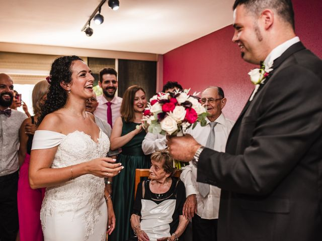La boda de Esteve y Rocío en Sant Vicenç De Montalt, Barcelona 24