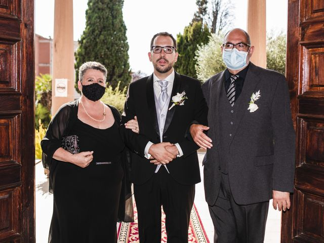 La boda de Esteve y Rocío en Sant Vicenç De Montalt, Barcelona 28