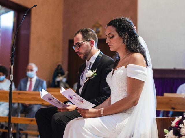 La boda de Esteve y Rocío en Sant Vicenç De Montalt, Barcelona 34