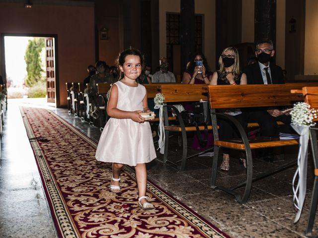 La boda de Esteve y Rocío en Sant Vicenç De Montalt, Barcelona 36