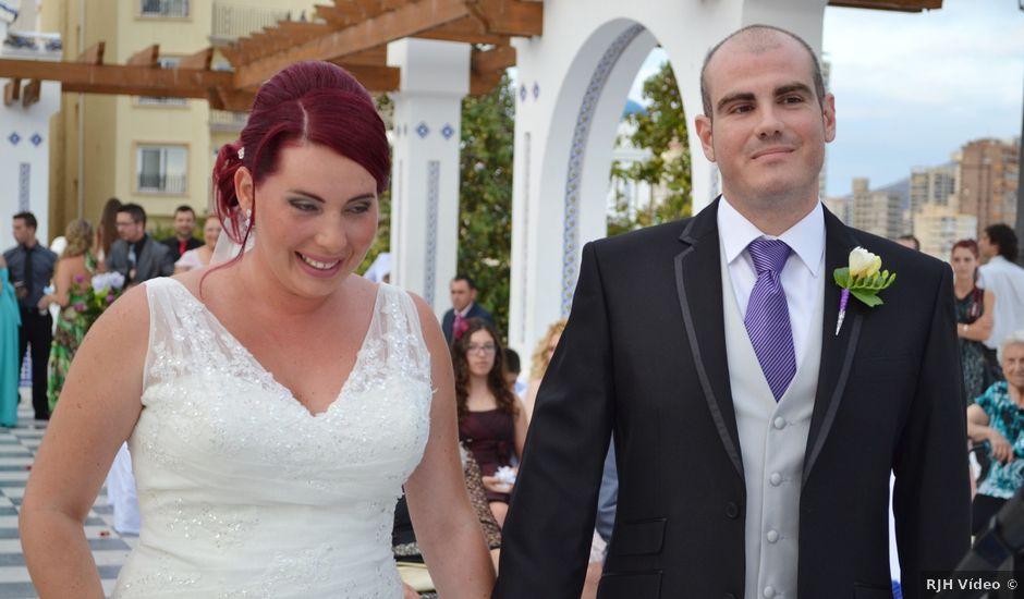 La boda de Dani y Isa en L' Alfàs Del Pi, Alicante