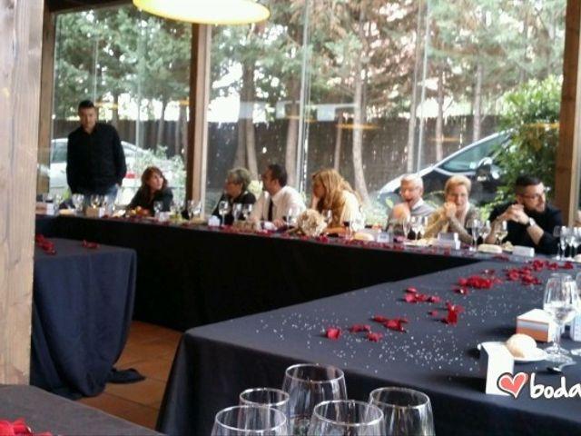 La boda de Gabi y Silvia en Cornella De Llobregat, Barcelona 13