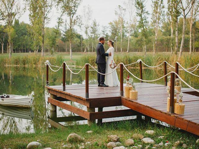 La boda de Xavi y Eva en Pont De Molins, Girona 1
