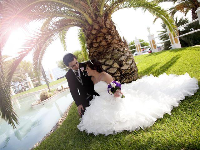La boda de Mirian y Albert en Vilanova I La Geltru, Barcelona 25