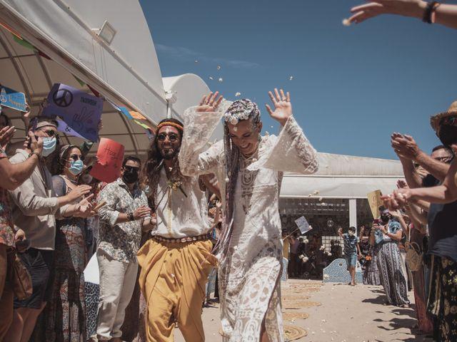 La boda de Sergio y Irina en Valencia, Valencia 23