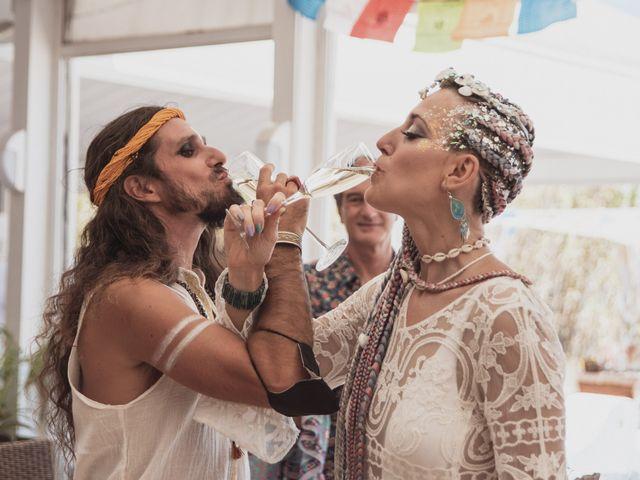 La boda de Sergio y Irina en Valencia, Valencia 31