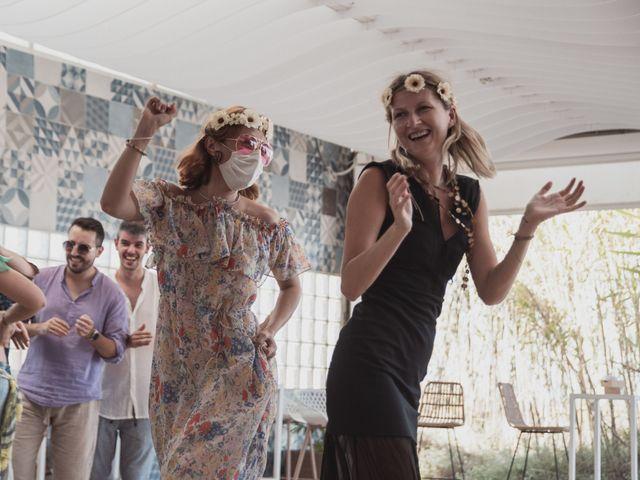 La boda de Sergio y Irina en Valencia, Valencia 39