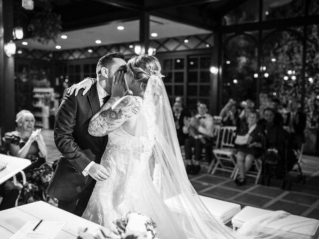La boda de Cristian  y Lorena en El Puig, Valencia 27