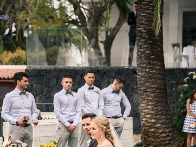 La boda de Brayan  y Vienna en La Victoria De Acentejo, Santa Cruz de Tenerife 11