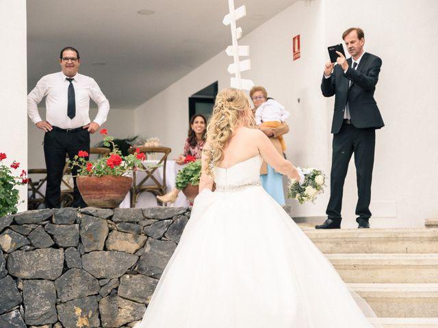 La boda de Brayan  y Vienna en La Victoria De Acentejo, Santa Cruz de Tenerife 33