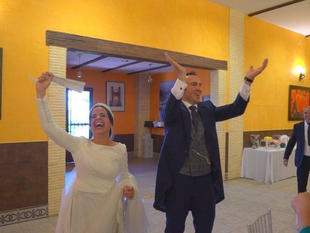 La boda de Juan Antonio y Ana Gemma en Guillena, Sevilla 11